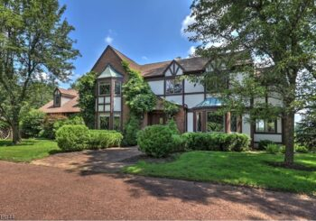 470 Cherry Ln, Mendham, NJ 07945